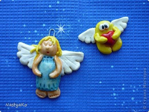 Елка из мишуры с конфетками фото 4