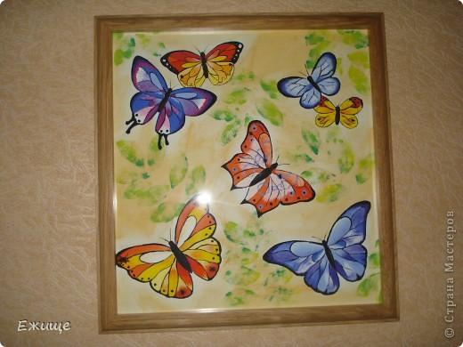 Бабочки выполнены гуашью на бумаге-формат 54х51см фото 1