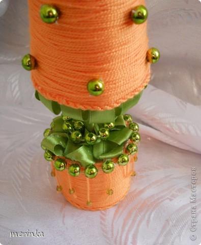 У меня выросла вот такая елка-морковка))))) Мне так понравилось делать елочки из ниток, что просто не могу остановиться)) фото 3