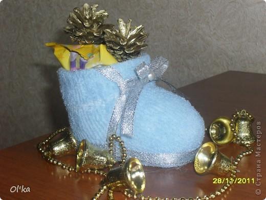 Увидела сегодня запись в блоге у Ликмы. Так мне понравились её башмачки для подарочков, что не удержалась и сразу же смастерила себе. :) фото 1