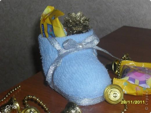 Увидела сегодня запись в блоге у Ликмы. Так мне понравились её башмачки для подарочков, что не удержалась и сразу же смастерила себе. :) фото 4