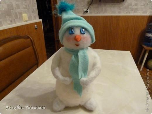 На улице снега не дождаться, делаем снеговичка дома.  фото 11