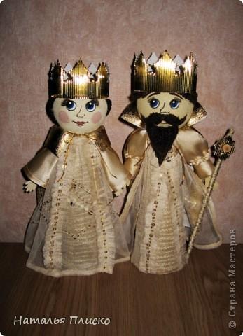 """Эта царская семья - очередной """"госзаказ"""" из детского сада. Воспитательница попросила сделать для занятий короля с королевой, а у меня получились царь с царевной...  фото 1"""