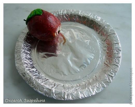 Вот такое яблочко на блюдечке мы сотворили с моей дочей Алёной в школу на новогоднюю ярмарку волшебных предметов. :)