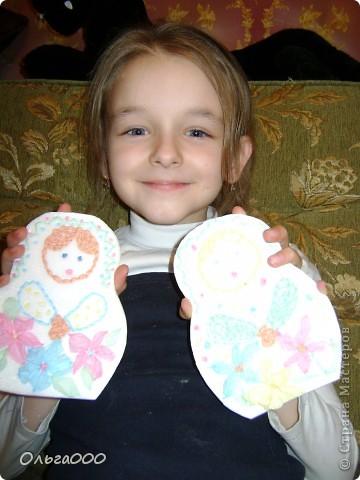 Эту матрёшечку делала моя 7 летняя дочурка фото 3
