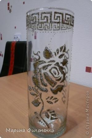 Мастерицы, вот решила из обычной стеклянной вазы сделать необычную. А делалась она за один вечер в подарок на годовщину свадьбы, у них катастрофически не хватало в доме ваз)))) фото 1