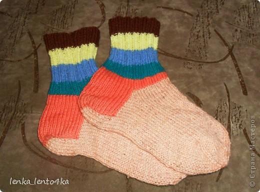 Уж не знаю за что,но люблю я эти старые носочки.Наверное потому,что вязала их одними из первых. фото 3