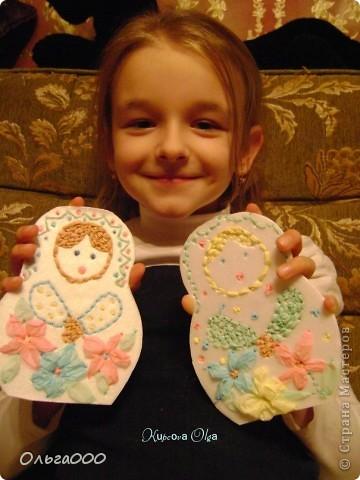Эту матрёшечку делала моя 7 летняя дочурка фото 4