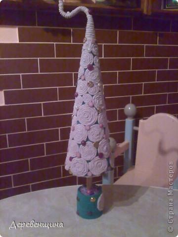 Приходила подруга двадцать пятый  раз  и опять умоляла сделать ей вазу. С целью заработать  кофе и конфеты в будущем  я решила исполнить её желание. Заодно и вам МК подброшу. Итак, приготовились. Надо разные типы трубочек. Но, по порядку. фото 20