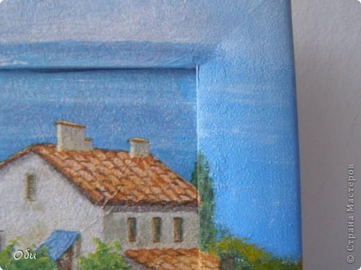 Решила показать работу. Это имитация фрески. Использовалась Таировкая грубая паста, распечатка, акриловае краски и матовый лак. Хочу поблагодарить Жукову Марину, которая научила своему мастерству. Мне очень понравились такие работы и я уже накупила декупажных карт и жду лета. Хочу на даче воплотить свою мечту и сделать имитацую фрески на стенах, благо они просто штукатуренные. Для состаривания работы проходятся наждачной бумагой. фото 7