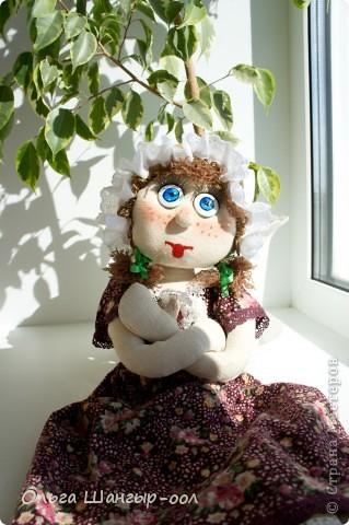 Вот и моя куклёша, шила в подарок сестре.   Кукла-пакетница.  фото 3