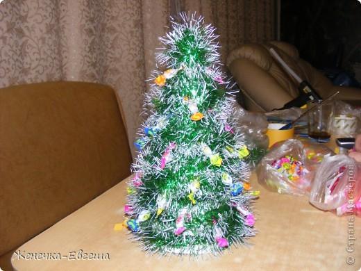 Какой же Новый год без елочки. Мастер классов по изготовлению елочек было уже много , поэтому кратенько. фото 3