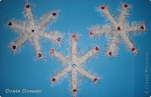 Дорогие мастерицы! Предлагаю вам   снежинки, думаю перед новым годом много снега не бывает. фото 6