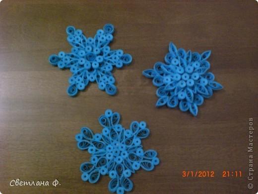 Мои первые снежинки-магнитики!!!!