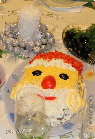 """Необычное сочетание продуктов - это салат """"Каприз"""". Рекомендую приготовить на новогодний стол, моим понравился. фото 6"""