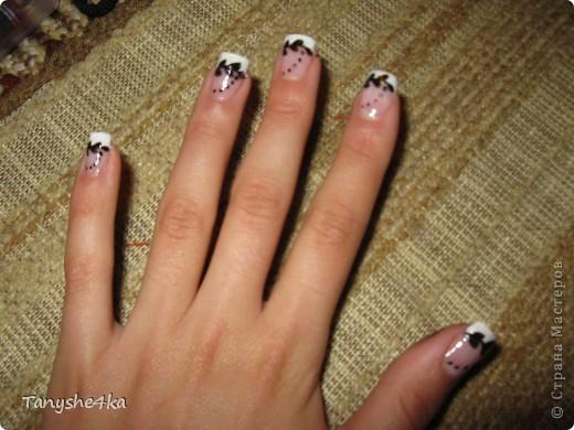 Рисунок на ногтях фото 1