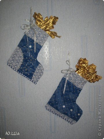 Новогодние сапожки для подарков. Висят дома круглогодично. :) фото 1