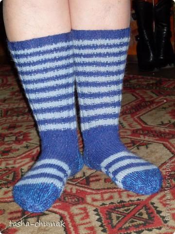 Это я!... Вернее кусочек меня!....  Только ножки... Но в тёпленьких носочках!..... фото 1