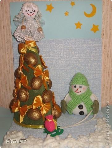 """Поступило задание от учительницы сына сделать поделку на выставку """"Рождественский сувенир"""". Думала всю неделю, пересмотрела кучу ссылок (снова спасибо Koluchke83 за идеи). Измучила меня моя вечная проблема, когда хочется все и сразу, а в итоге часто ничего путного не выходит. В этот раз вроде что-то вышло. Ну, собственно вот он - результат моих плодотворных выходных!  фото 1"""