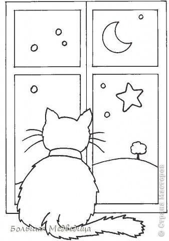В этом году я решила украсить окна как-то необычно. Полистав интернет, решила сделать, все-таки, по-своему. Не просто наклеить снежинки или новогодние мотивы, а сделать сюжетную картинку, или новогоднюю сказку. Итак... в нашей сказке в резных высоких сугробах живет вот такая красавица Ёлка и новогодний Олень. фото 13