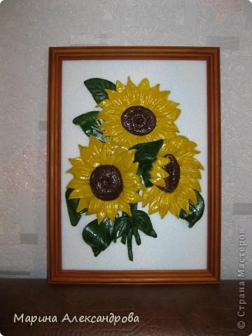 Герберы...очень люблю эти цветы! Они у меня первые...лепила для мамы на день рождения...но вот думаю, не великовата ли рамочка? Девочки подскажите, мне важно ваше мнение... фото 6