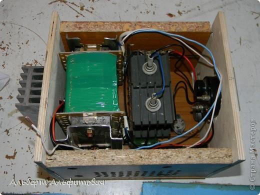 Общий вид зарядного устройства фото 6