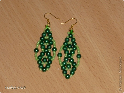 Зеленые серьги фото 1