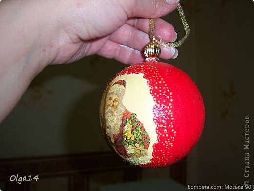 первый новогодний шар( не очень удачный)  фото 2