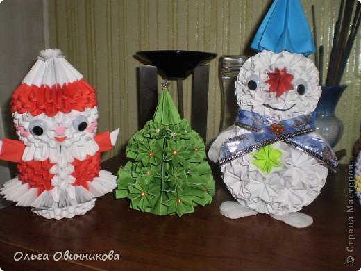 Пока сделала Снегурочку, Снеговика и елочку, до деда Мороза никак руки не дойдут. Постараюсь на днях сделать фото 1