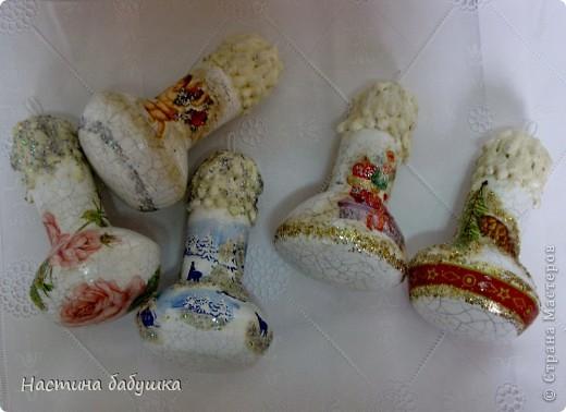Декор предметов Новый год Декупаж Кракелюр Новогодние игрушки шарики  лампочки Краска Салфетки фото 1