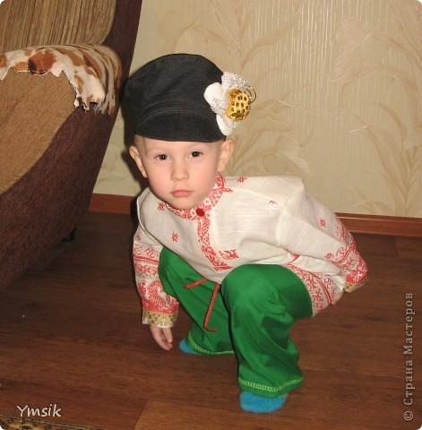 Недавно столкнулась с проблемой – никак не удавалось найти хорошую выкройку для картуза в русском народном стиле для утренника в детском саду. Пришлось взять старую фуражку, распороть и ваять выкройку по собственному усмотрению. Результат меня порадовал, поэтому делюсь со всеми. фото 5