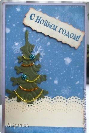 """Вот такая родилась у меня открытка. Учавствую с ней в задании Волгоградского скрап-клуба """"Чем пахнет Новый год""""http://s017.radikal.ru/i400/1111/da/7c1c1d1d5a92.jpg фото 2"""
