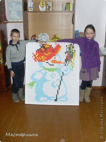 Вот такой СНЕГОВИЧОК получился у второклассников и их учительницы Юлии Викторовны! Ох, и трудно им пришлось, верите? фото 1
