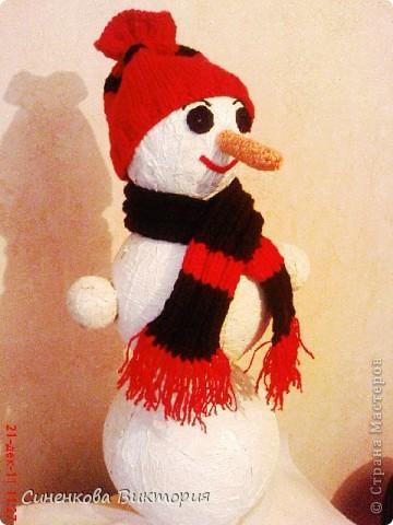 """Этого снеговика мы """"слепили""""всей семьёй  для участия в школьном конкурсе... фото 2"""