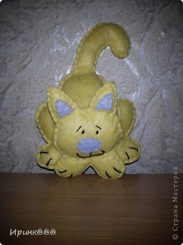 Захотелось сделать эти забавные игрушки на елку,А подходящей ткани под рукой не было,тогда на помощь пришли салфетки фото 2