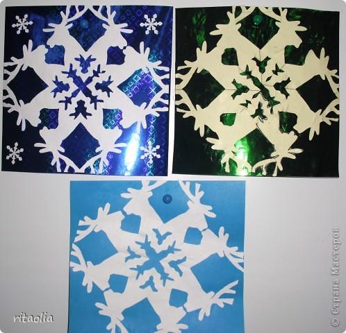 Такие снежинки увидела в СМ у ДЕТСАД: http://stranamasterov.ru/node/266034?tid=1743  Шаблоны для работы взяла здесь: http://homemosaic.ru/sneg.php      фото 1