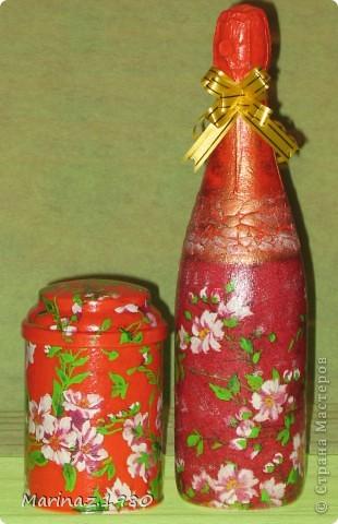 Подарочный набор ко дню рождения для женщины - бутылочка и банка чая.  фото 1