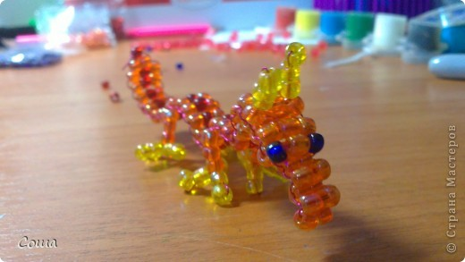 Мастер-класс Новый год Бисероплетение дракон из бисера для самых начинающих Бисер фото 15.