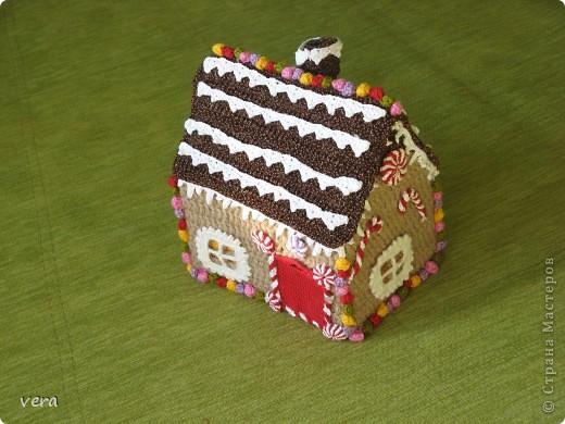 Мой сынок говорит, что в таком домике живет Дед Мороз, А как думаете Вы? фото 1