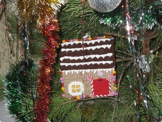 Мой сынок говорит, что в таком домике живет Дед Мороз, А как думаете Вы? фото 7