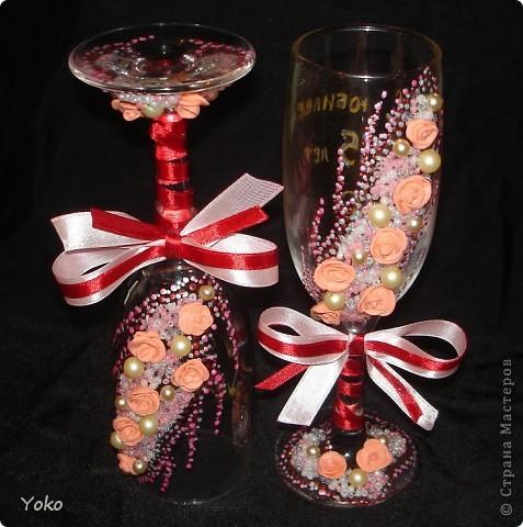 Заказали бокальчики на годовщину свадьбы 55 лет)) Бисер, бусины, розы из пластики, контуры, ленты фото 2