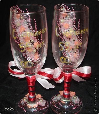 Заказали бокальчики на годовщину свадьбы 55 лет)) Бисер, бусины, розы из пластики, контуры, ленты фото 4