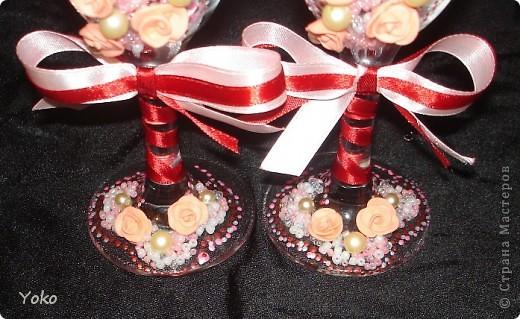 Заказали бокальчики на годовщину свадьбы 55 лет)) Бисер, бусины, розы из пластики, контуры, ленты фото 5