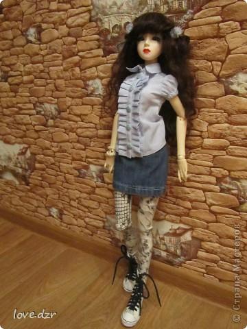 блузка,юбка и легенцы для куклы. фото 2