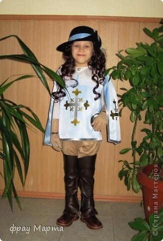 Отважный пират! Этот костюм шился в 2010 году для сына знакомой на садиковский утренник. Позднее костюм был доработан и дополнен новыми деталями. Думаю это уже окончательный вариант. фото 23