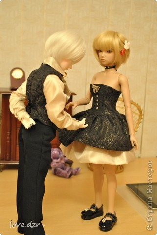 Рост куклы 65см,она шарнирная ручной работы. фото 8