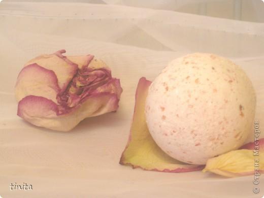 """Розовый рай"""" с маслом виноградной косточки, сухое молоко, натуральная морская соль с растительными экстрактами """"роза"""", отдушка Роза. Расслабляющий эффект. фото 1"""