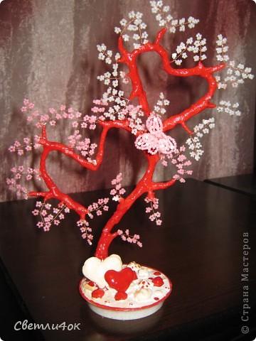 дерево для влюблённых из бисера.