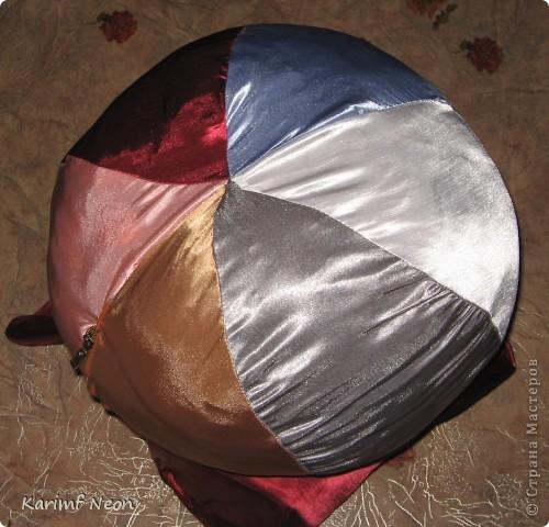 В год Черного Дракона у меня получилась вот такая черная шаль. Вязал её на шаблоне (или как его ещё называют  - рамка или тенерифе). Естественно, что шаблон покупать не стал, а СДЕЛАЛ самостоятельно :))))))))))))))) фото 7