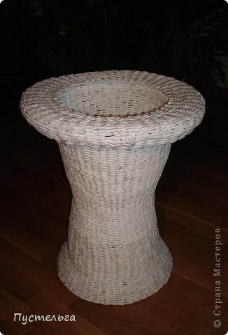 Раз тут пошла мода на мебель, сделала столик для вязания.  фото 16